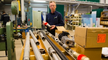 Deep-Drilling-Build-Equiptment-Lulea-University-of Technology-2016-01.jpg